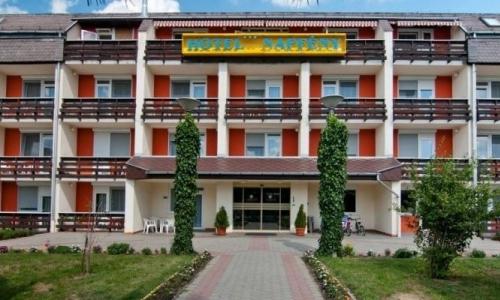 hotel-napfeny-194011-715x400.jpg